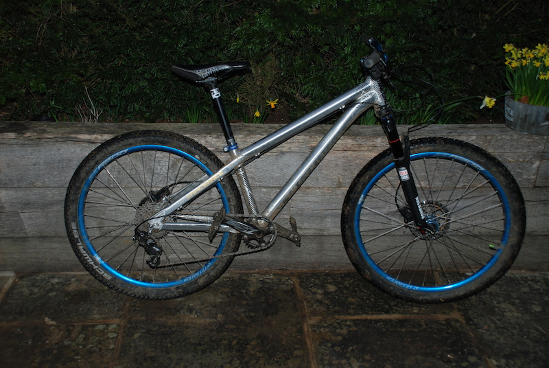 The zircus in trail mode with zee 36 32