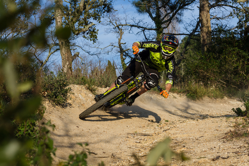Southern Escape with the COMMENCAL Vallnord Enduro Team