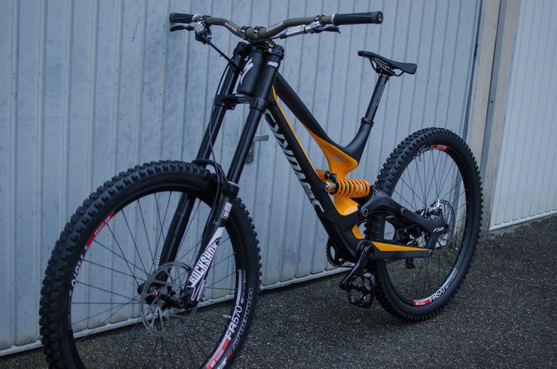 little preview of my 15 season bike more pics soon...