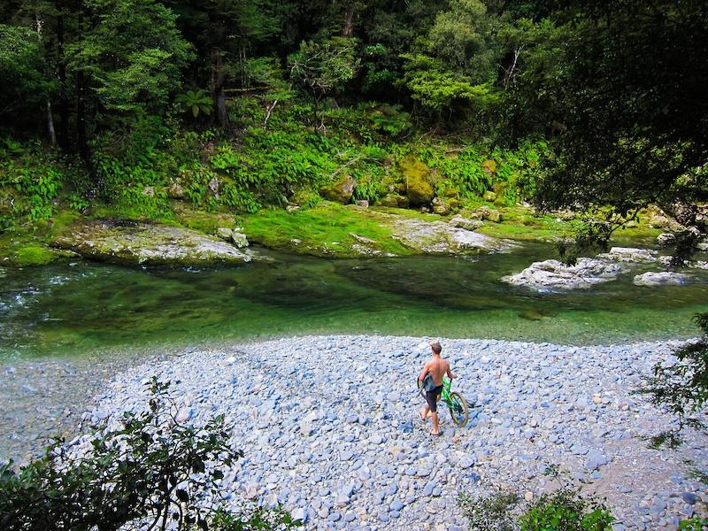 The Nomads Race the Santa Cruz NZ Enduro