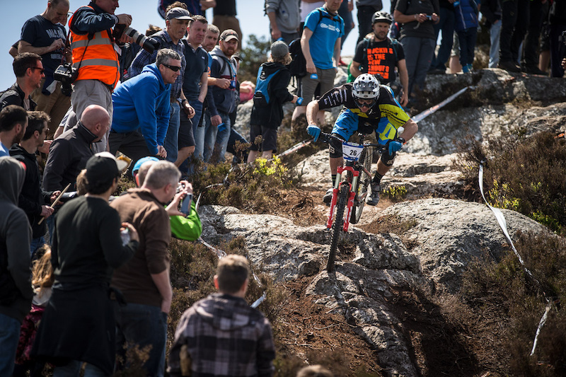 Endura Bergamont Factory Team races in Ireland