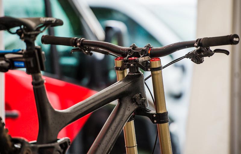 Rocky Mountain prototype carbon DH bike