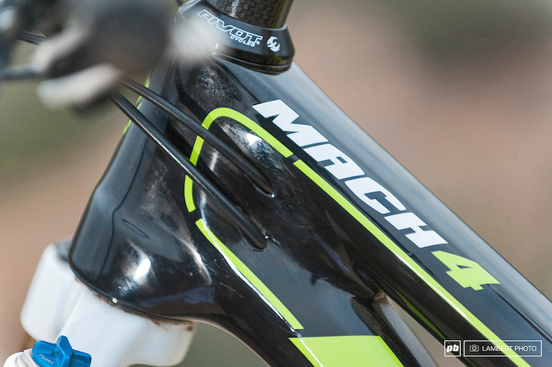 Pivot Mach 4 Carbon Shimano Di2 custom build 2015