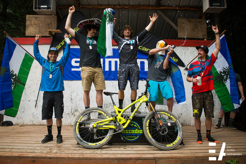 2015 Cascadia National Enduro Pro Men Podium.