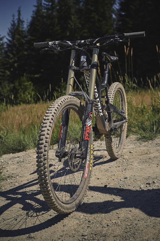 46e23e6538e Santa Cruz V10 C - Review - Pinkbike