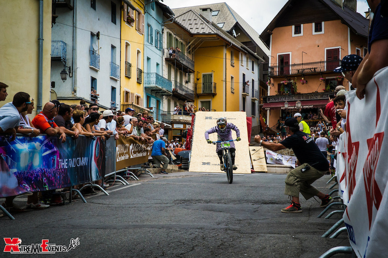 The riders here Damien Lopes have given everything up to the finish line