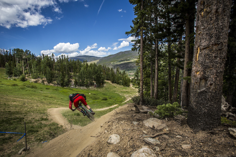 Alex Pavon on Women Racing the Big Mountain Enduro