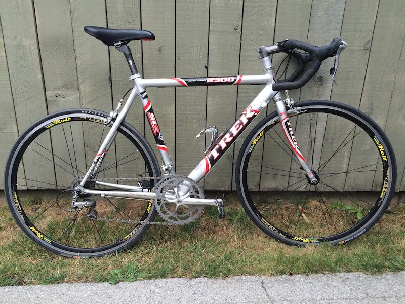 2002 56 Cm Trek 2300 Road Bike For Sale For Sale