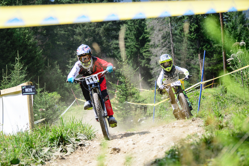KOSAK Cederic GER and KLAASEN Ike NED born 2004 battle it out during seeding run on Friday. Ike finished 2nd on Saturday and went on to take the win on Sunday in the U13 category.