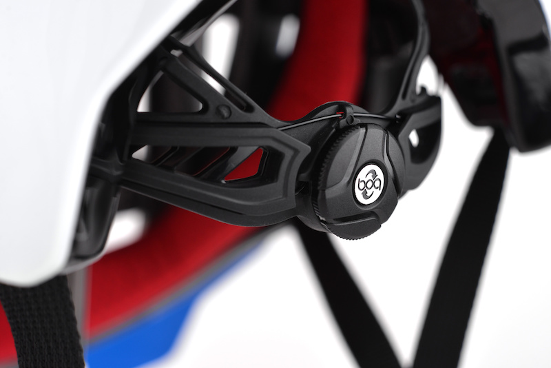 Boa occipital system on the new enduromatic 2 by Urge