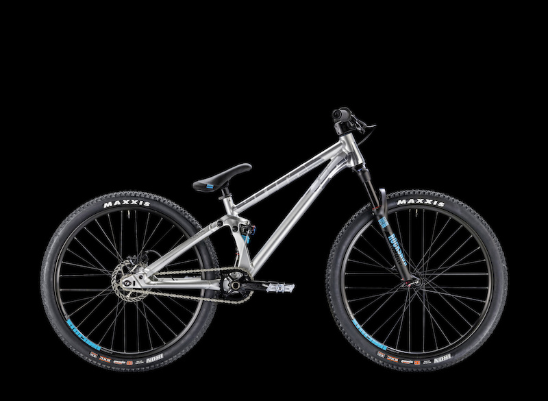 video the canyon stitched 720 has landed pinkbike. Black Bedroom Furniture Sets. Home Design Ideas