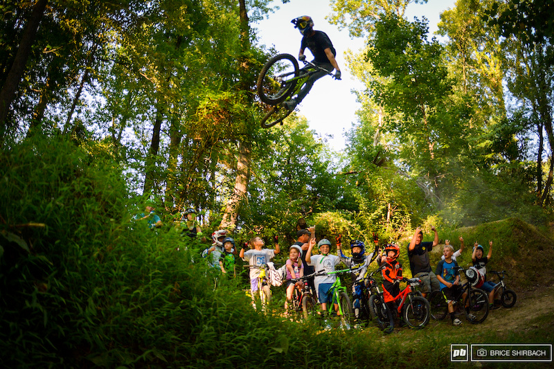 East Bound and Down: Lars Tribus' Jersey Soul - Pinkbike