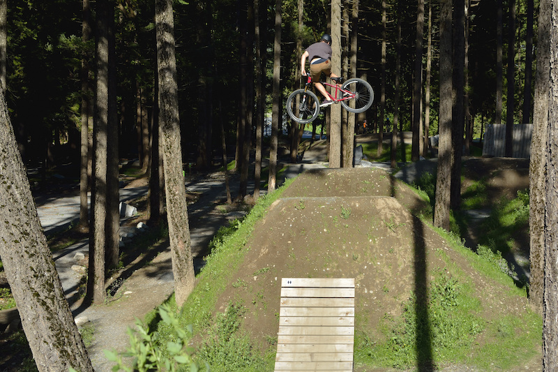 Boosting the pro line at the newly built bike park out in Hope. Made some good use of the not so forgiving light. Great park though, definitely worth the drive!