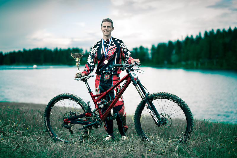 Antti Lampen Wins 2015 Finnish Downhill Cup