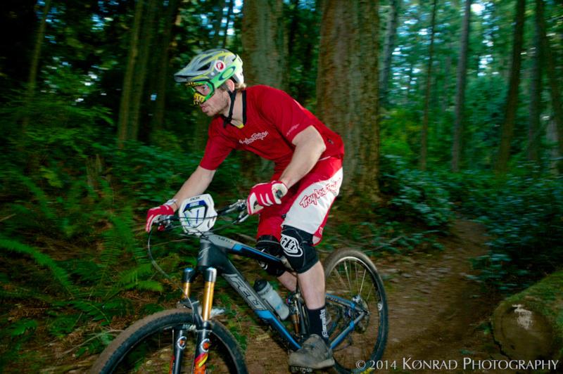 Cascadia Dirt Cup, 2014 Chuckanut enduro. Brandon Corneliusen photo. Gravity Gradient cranks.