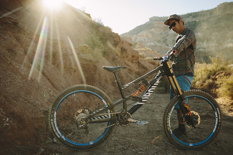 38 Bikes From Red Bull Rampage 2015 - Pinkbike
