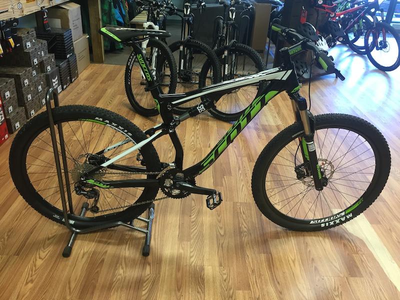 Scott Spark 760 Mountain Bike 2016 - bikesale.com