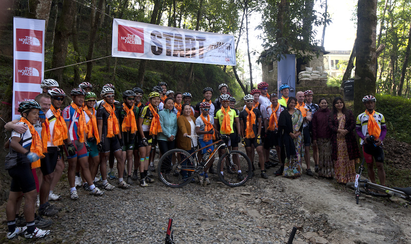 Group photo at the Start