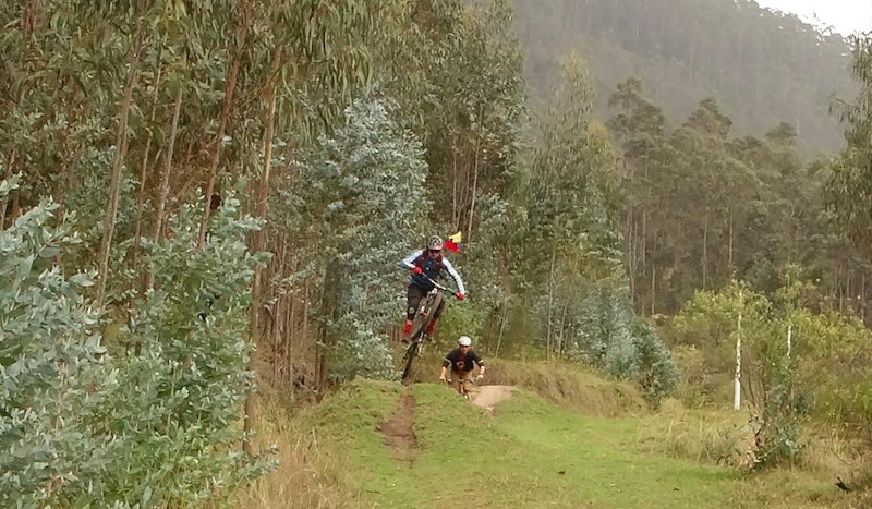Dropping in on some tropical jungle tech single track in the Lumbisi commune at Quito Ecuador. Finished up the ride just ahead of afternoon thunderstorms