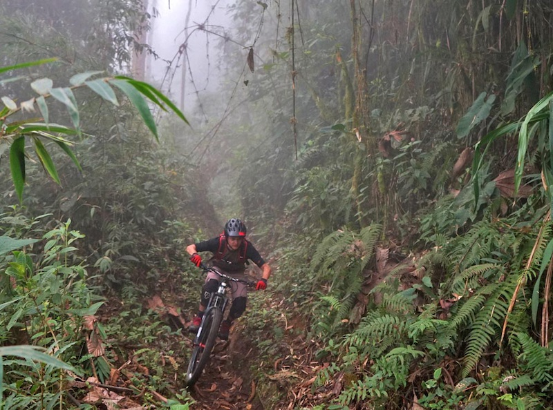 Mama Rumi (Mother Rock in Quecha) is a centuries old Inca trail descending from 3023m above San Miguel de Bolivar in Ecuador to 1130m to Telimbela over 12kms. It was rediscovered by Mauricio Gaibor's grandfather. Mauricio now runs the Downhill Mama Rumi race on it