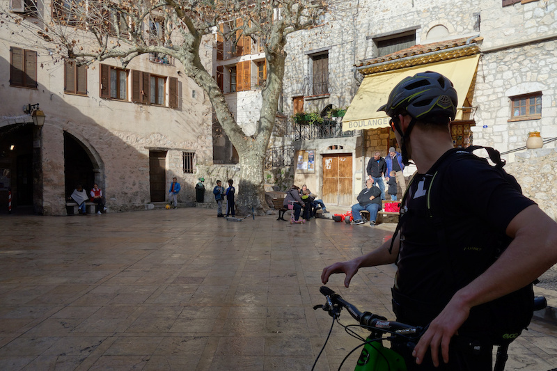 We stopped in Peille for a bite to eat and to explore the quaintness of the tiny streets the sunny side of the village square was full of activity