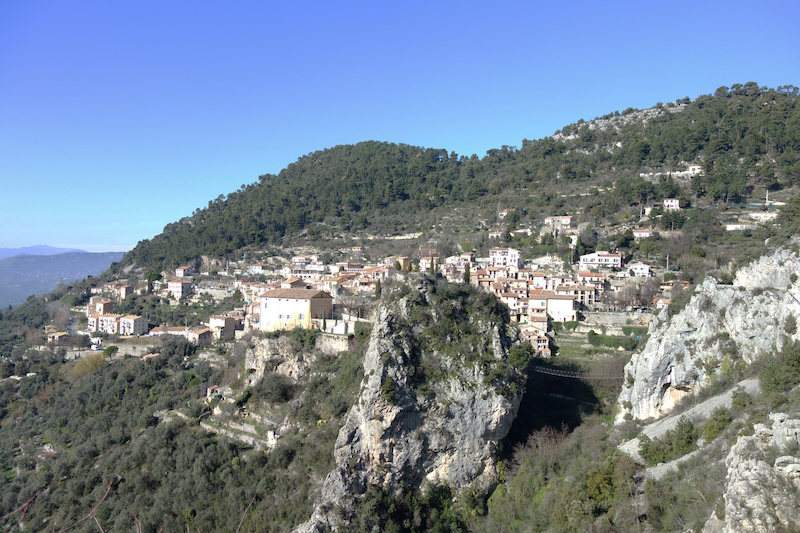 The village perch of Peille seemed to arrive pretty quick despite being a good 500m up the hillside