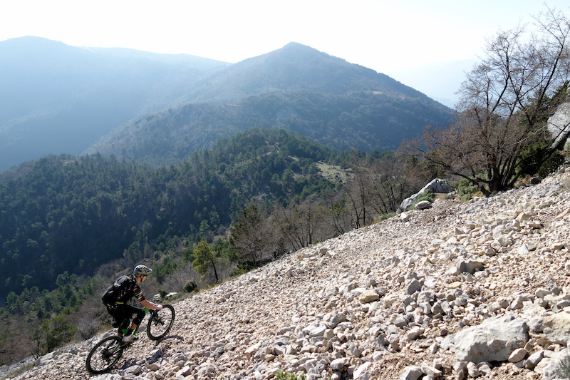 The first properly rideable section from the Cime de Baudon was this big scree slope traverse