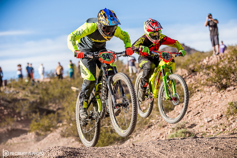 Old friends and rivals battling it out at the 2016 DVO Mob n Mojave s DS race. 2-13-16.