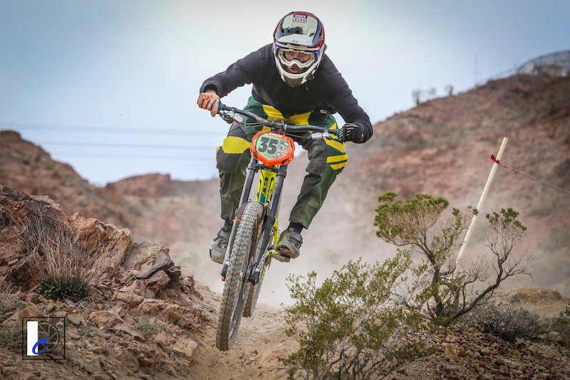 1st Place Men s Pro DVO Mob n Mojave. Photo by Ian Cook