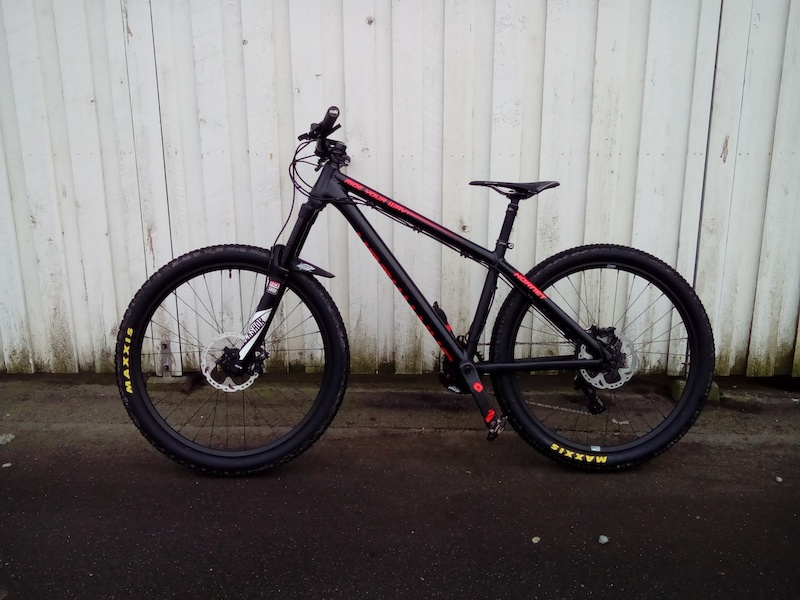 Now on 27 5 wheels on my Dartmoor Hornet RockShox Lyrik RCT3 160mm 2016 Ryde Trace Enduro 27 5 on Sram X9 hub with DT Swiss Revolution Spokes Maxxis tires with Orange Seals