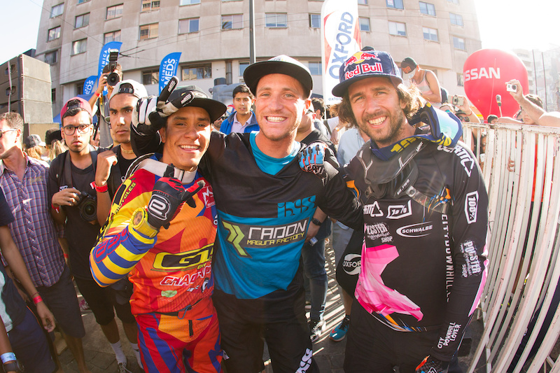 Your top 3 riders of the City Downhill World Tour in Chile. Credits Lars Scharl