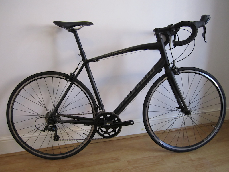 2014 Mint Condition Specialized Allez Sport Must See