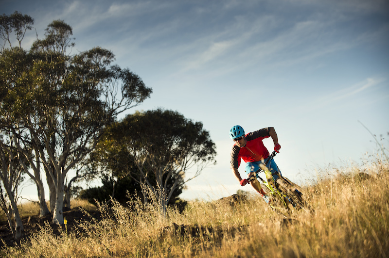 Bontrager Launches 2016 Spring Collection