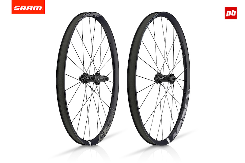 SRAM Roam 60 carbon wheels