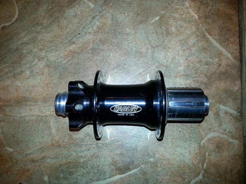 2014 Hadley SDH XL 150mm x 12mm R9 0 Rear Hub 32H For Sale
