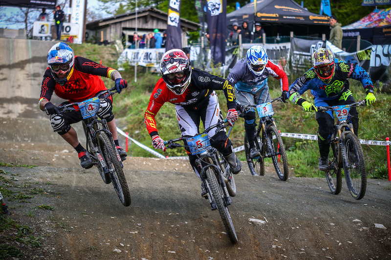 Racing from 4X Pro Tour in Germany