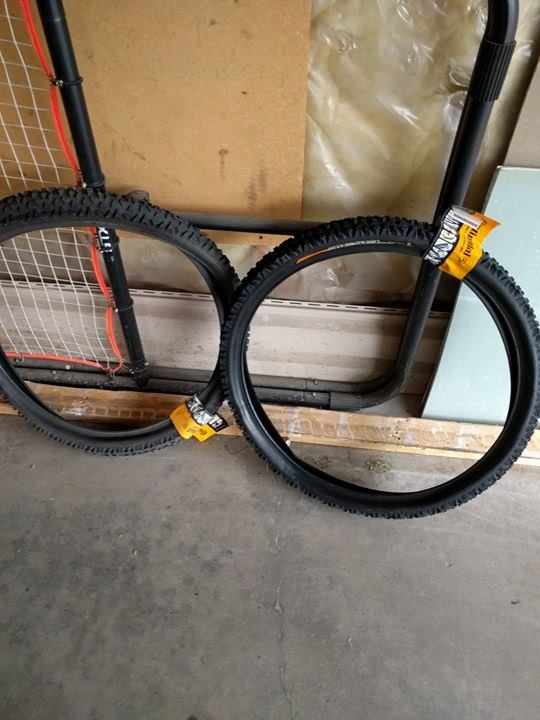 0 Brand New Continental Diesel DH Tires