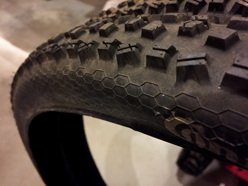 0 2x Continental Mountain King Tires 29x2.2