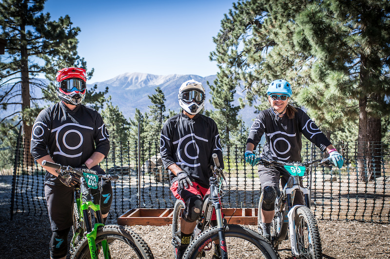 A few of the riders from the Chainline team at the top getting ready for the enduro with Mt. San Gorgonio in the background.