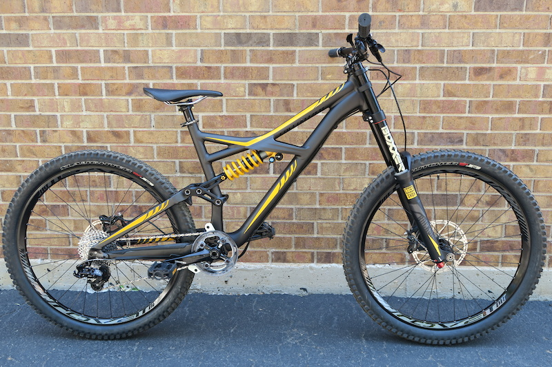 2016 specialized enduro evo 650b for sale. Black Bedroom Furniture Sets. Home Design Ideas