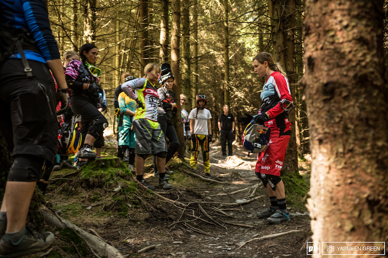 Rachel encouraged the riders to inspect sections of the many tracks at Revolution Bike Park prior to riding allowing line choices to be demonstrated and riding technique to be discussed before setting off for the first run of the day.