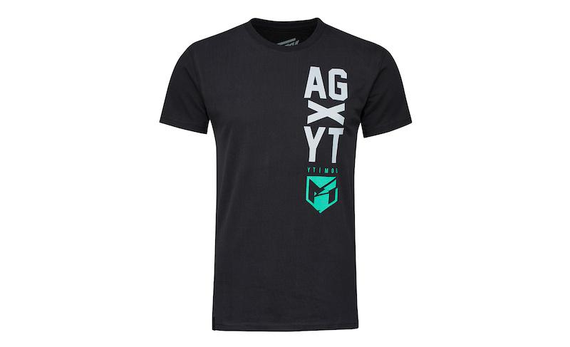 New YT Wear online on www.yt-industries.com