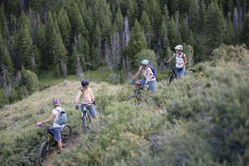 Buttermilk Apparel Launches Introducing a NEW Mountain Apparel Brand for Contemporary Women