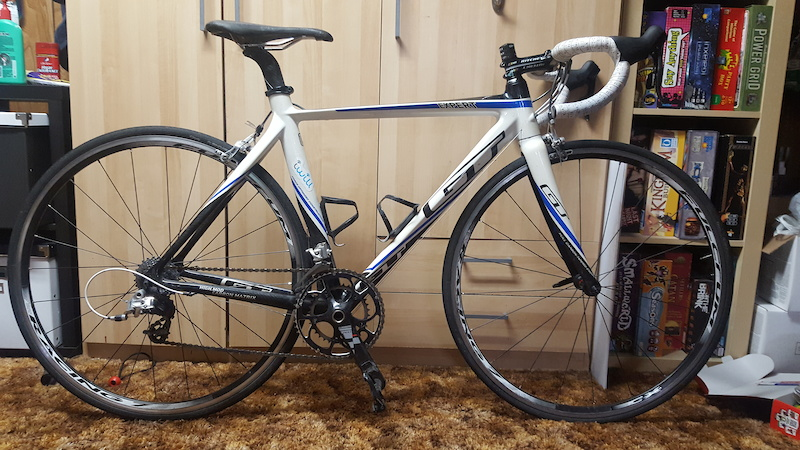 2011 *PRICE DROPPED* GT GTR Expert Carbon Road Bike For Sale