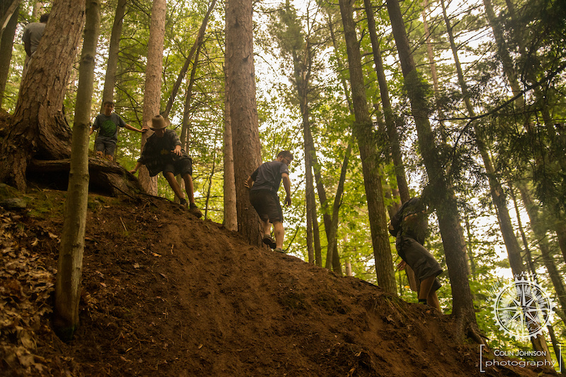 Spectators struggling to walk down Natural Selection to watch the Pro Enduro riders