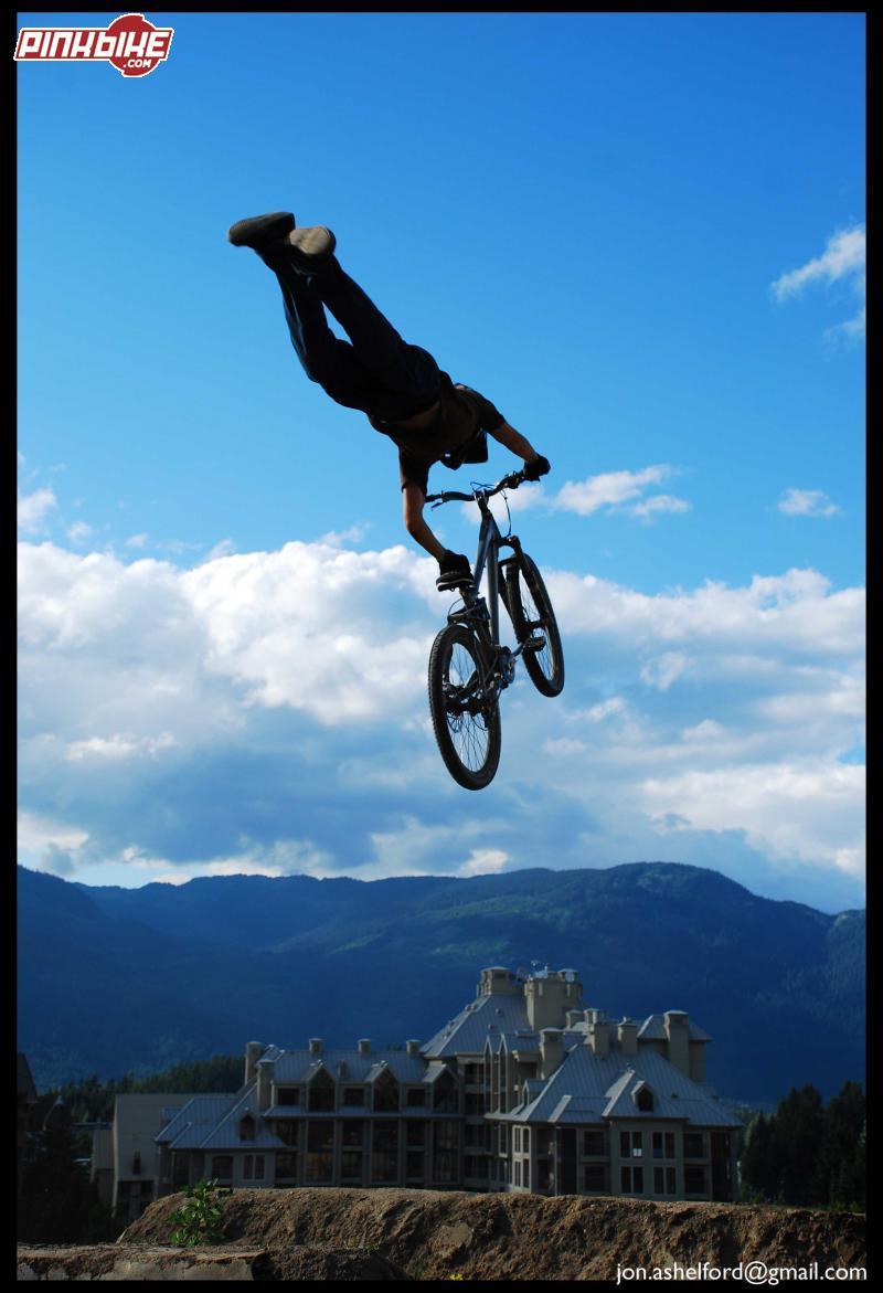 superman seatgrab on elevation trials