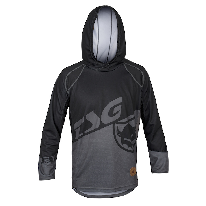BE1 Jersey L S combining on-bike performance with street styling.