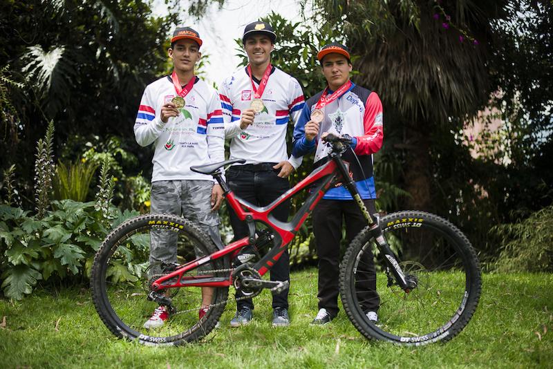 Part of the IJ Racing - Intense Team. Camilo Sanchez Cadet Panamerican Champion Rafael Gutierrez Elite Panamerican Champion and Steven Ceballos Elite Bronze medalist Panamerican Championship.