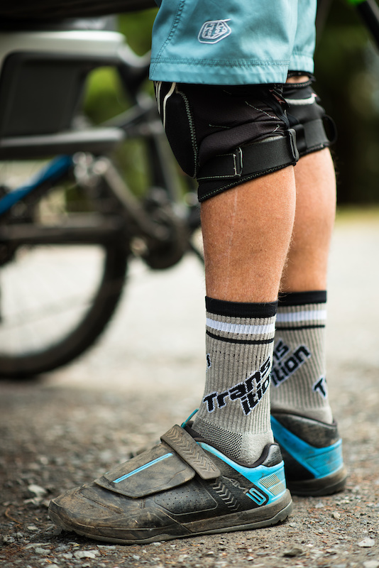 Split Logo Sock in Grey Spring 2017 New Gear from Transition Bikes. Available now at your local dealer or transitionbikes.com
