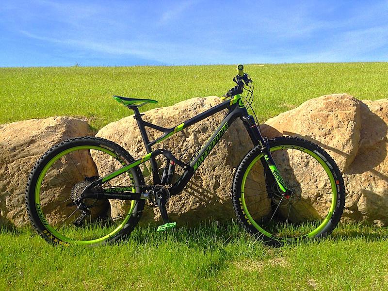 New Spank Oozy Trail295 wheels.